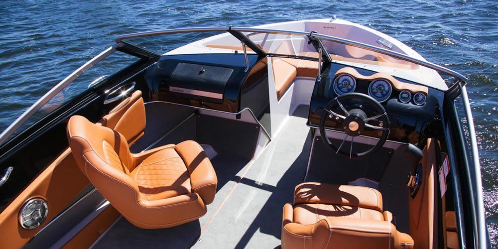 18ft GT - Boat Rental Vancouver